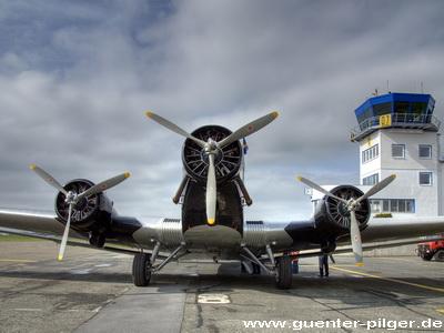 Ju 52 Die Alte Tante Ju Der Lufthansa